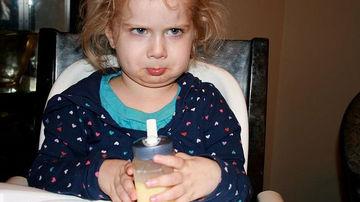 Cantitate toxica de aluminiu gasita in laptele praf pentru sugari si copiii mici