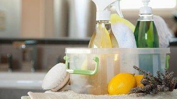 12 ingrediente naturale pentru a curata aproape orice!