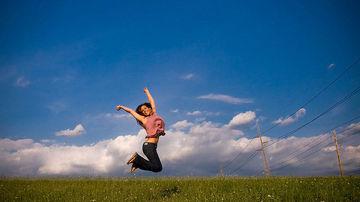 10 semne ca rezisti propriului tau potential de fericire