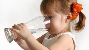 Deshidratarea creste riscul aparitiei unui atac de cord