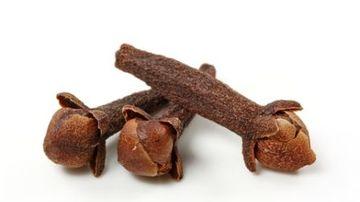 Cuisoarele, un condiment traditional de Craciun cu proprietati vindecatoare