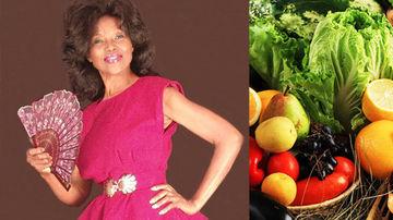 Femeia de 70 de ani, care arata pe jumatatea varstei, spune ca dieta de cruditati (raw food) este motivul