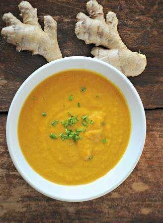 supa de morcovi cu ghimbir si muguri de pin