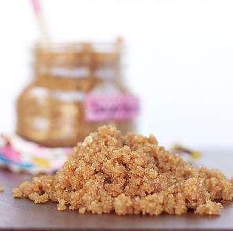 scrub dulce pe baza de zahar