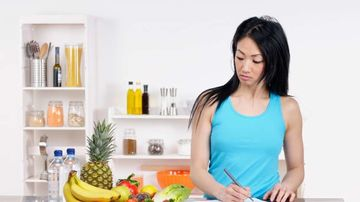 14 pasi pentru a renunta la alimentele procesate si a incepe sa mananci hrana adevarata