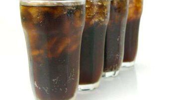 Culoarea bauturilor de tip Cola este data de substante cu potential cancerigen