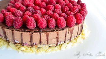 Tort racoros de zmeura si ciocolata