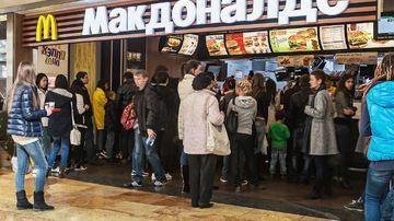 Rusia da in judecata McDonald's si ameninta cu inchiderea lantului de restaurante pe teritoriul tarii