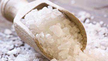 Un studiu de cercetare asociaza consumul de sare de masa cu bolile autoimune