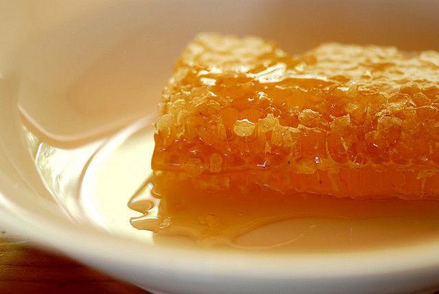 mierea in loc de zahar