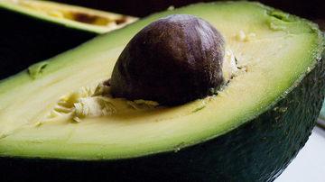 Avocado, alimentul plin de grasimi care iti mentine sanatatea inimii si supletea taliei