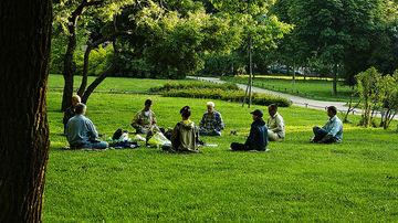 5 meditatii pentru incepatori, care te ajuta sa te relaxezi