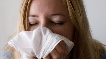 Motive surprinzatoare pentru care îti curge nasul, atunci când NU esti racit