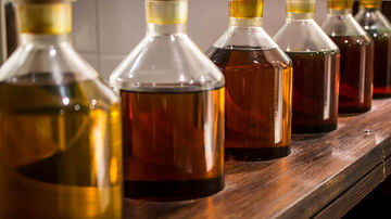 5 uleiuri naturale cu proprietati de protectie contra razelor UV