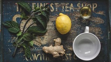 Ce au in comun cafeaua, ceaiul si turmericul ?