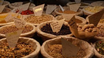 Semintele de in bogate in lignani echilibreaza hormonal si pot preveni si trata cancerul la san