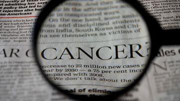 Simptome ale cancerului ovarian pe care nicio femeie nu ar trebui sa le ignore