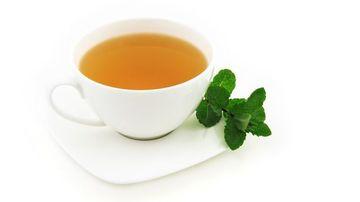 29 beneficii ale ceaiului de urzica despre care probabil nu stiai