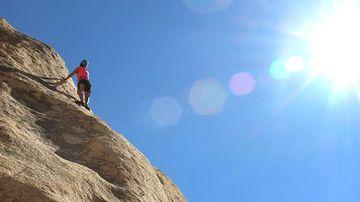 5 motive pentru care dezvoltarea personala seamana cu urcatul pe munte