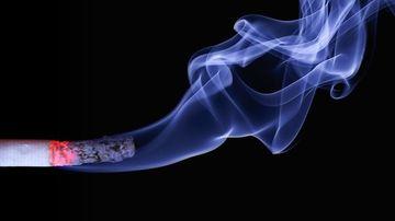 Spuneti stop fumatului