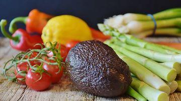 Studiu: Alimentatia vegana ucide celulele de cancer cu o eficienta de 8 ori mai mare decât in cazul unei diete standard