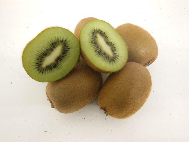 ce fructe contin fier