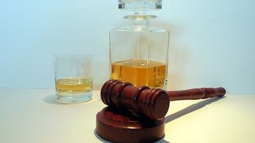 Legatura evidentă dintre alcool si cancer: 7 tipuri de cancer ale caror cauză posibilă este alcoolul