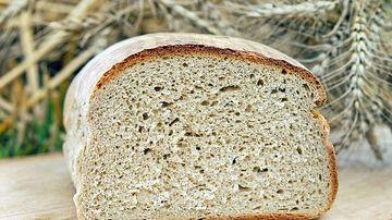 Daca eviti glutenul, dar iubesti painea, iata 3 alternative mai sanatoase
