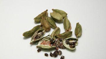 Cardamomul, condimentul miracol al Indiei