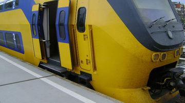 Trenurile electrice din Olanda sunt alimentate 100% cu energie eoliana