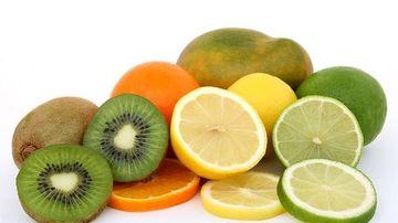 Banalul kiwi ajuta la tratarea sindromului de colon iritabil