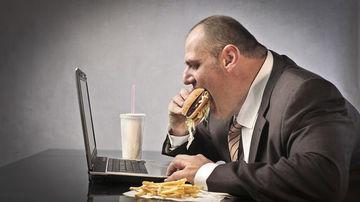 Obezitatea s-a dovedit a fi strâns asociata cu aparitia mai multor tipuri  de cancer