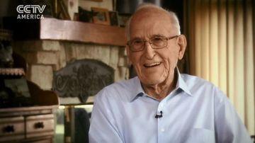 Un chirurg cardiovascular in vârsta de 100 de ani, pensionat la 95, vegan de 50 de ani - argumentele unei alegeri de viata
