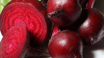 Afla cum sa verifici daca ai suficient acid in stomac folosind o sfecla rosie