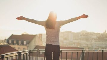 10 beneficii vindecatoare ale soarelui