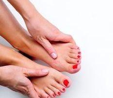 7 posibile cauze medicale pentru senzatiile de furnicaturi in brate si picioare