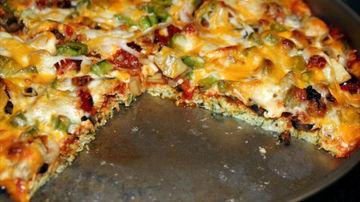 Pizza super sanatoasa cu blat din conopida