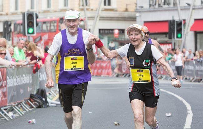 cuplu octogenar maraton