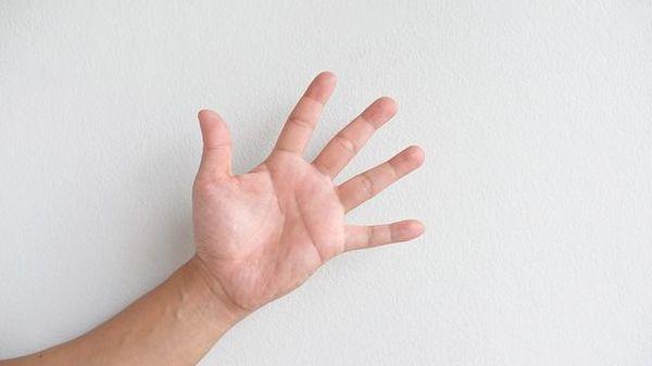 cum să îndepărtați umflarea pe degetele articulațiilor dureri articulare ușoare și slăbiciune musculară