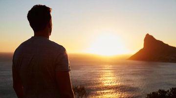 Privitul la soare (sungazing) - o tehnică străveche ce înzestrează omul cu superputeri