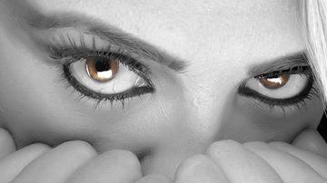 Cum ajutăm creierul să depăşească senzaţia de frică în 3 paşi simpli