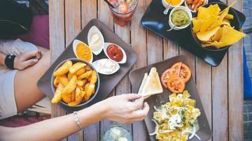 4 alimente dovedite ca te fac mai ....fericit
