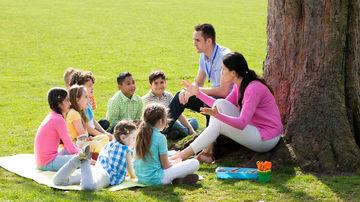 6 moduri prin care natura îi ajută pe copii să înveţe