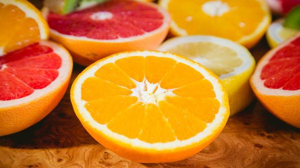 9 semne ale deficienţei de Vitamina C