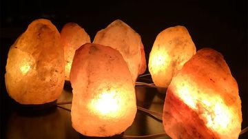 Beneficiile uimitoare pentru sanatate ale lampii din sare de Himalaya