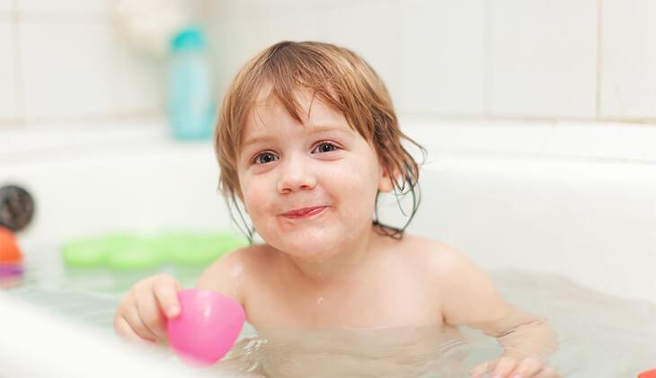 produse naturale de ingrijire pentru pielea sensibila a bebelusilor