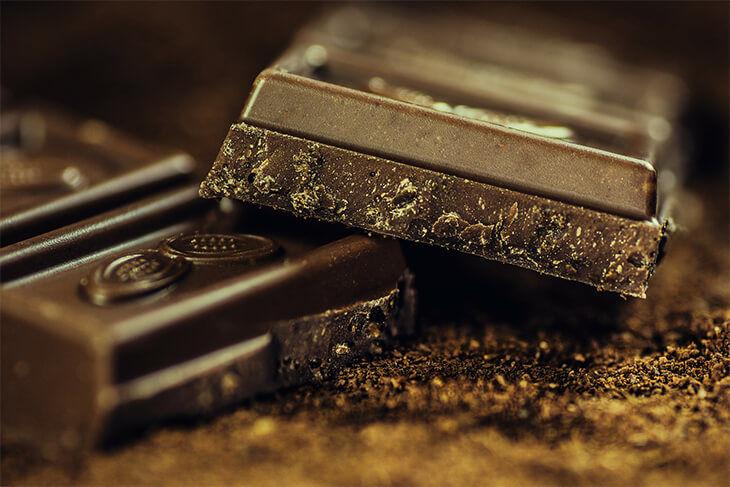 ciocolata neagra stimuleaza creativitatea