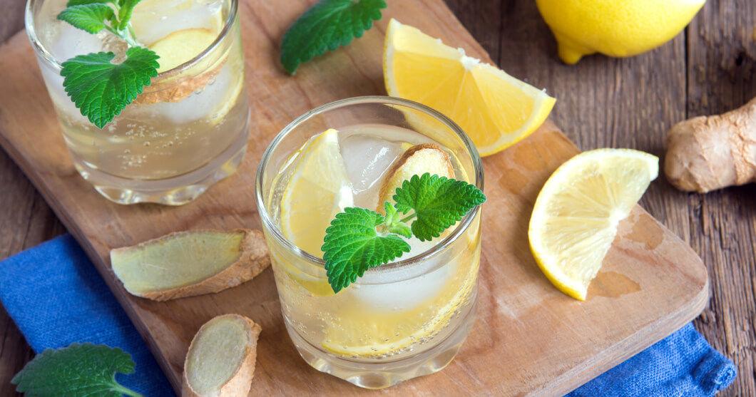 Cum îţi poţi face singur băuturi detox acasă. Trucuri pentru detoxifierea organismului