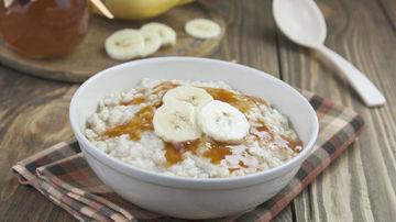 Porridge cremos cu lapte de cocos şi maca