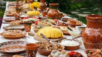 De ce mâncăm mai mult de sărbători?